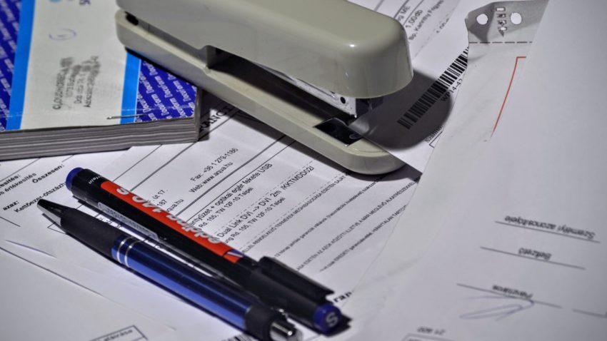 stapler-1016310_1920